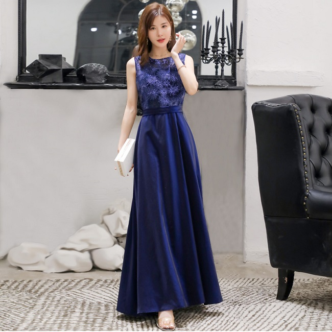 4-1878 EMBROIDERY SEQUINS LONG DRESS